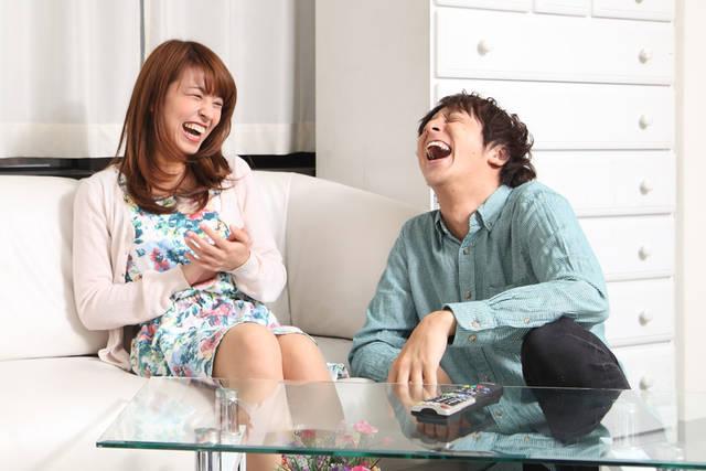 [フリー写真] 爆笑するカップルでアハ体験 -  GAHAG | 著作権フリー写真・イラスト素材集 (2703)