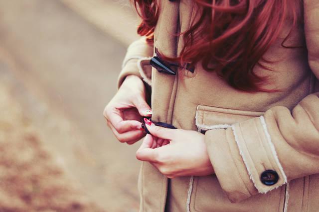 ダッフルコートを着る女の子のフリー写真画像|GIRLY DROP (3361)