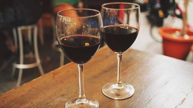 無料の写真: ワイン, メガネ, 屋外, カフェ, レストラン, レジャー, 反射 - Pixabayの無料画像 - 890371 (4096)