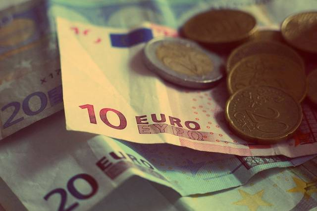 Free image of money, euros, banknotes - StockSnap.io (4522)