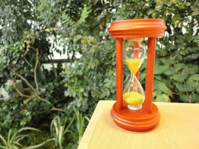 砂時計|写真素材なら「写真AC」無料(フリー)ダウンロードOK (5224)