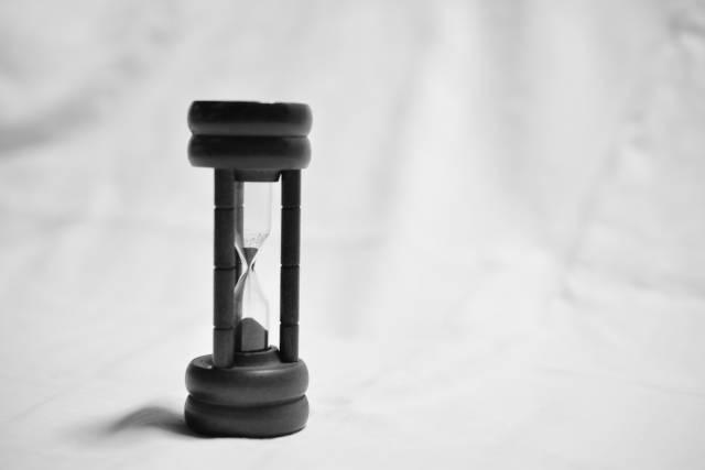 砂時計|写真素材なら「写真AC」無料(フリー)ダウンロードOK (5745)