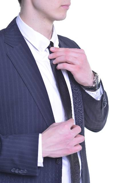 身支度するビジネスマン15|写真素材なら「写真AC」無料(フリー)ダウンロードOK (5746)