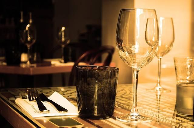 無料の写真: テーブル, レストラン, 家具, ガラス, ワイン, ドリンク, 刃物 - Pixabayの無料画像 - 71380 (7286)