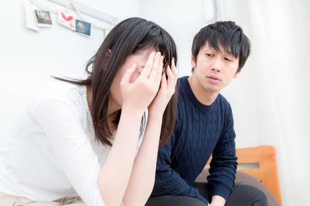「泣いてもオレたちの関係は変わらないぞ」と追い込むダメンズ|フリー写真素材・無料ダウンロード-ぱくたそ (7657)