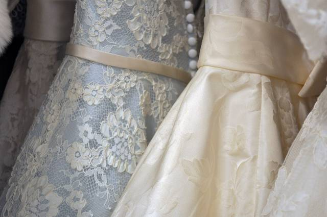 Free image of gown, dress, formal - StockSnap.io (9180)