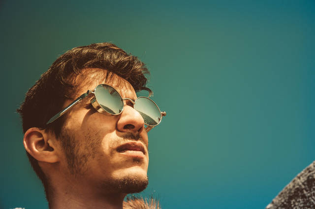 Free image of guy, man, sunglasses - StockSnap.io (10466)