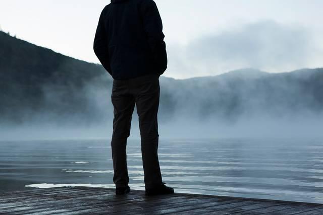 無料の写真: だけで, 湖, 岸, 思考, 立っている, 男, 男性, 個人, 水 - Pixabayの無料画像 - 480474 (11760)