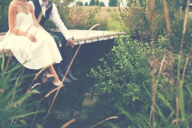 無料の写真: 新郎新婦, カップル, 花嫁, 新郎, 結婚式, ガウン, タキシード - Pixabayの無料画像 - 768594 (12017)