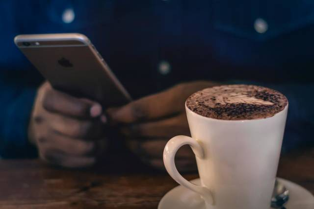 Free image of coffee, mobile, phone - StockSnap.io (12476)