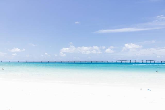宮古島と伊良部島を結ぶ「伊良部大橋」|フリー写真素材・無料ダウンロード-ぱくたそ (12824)