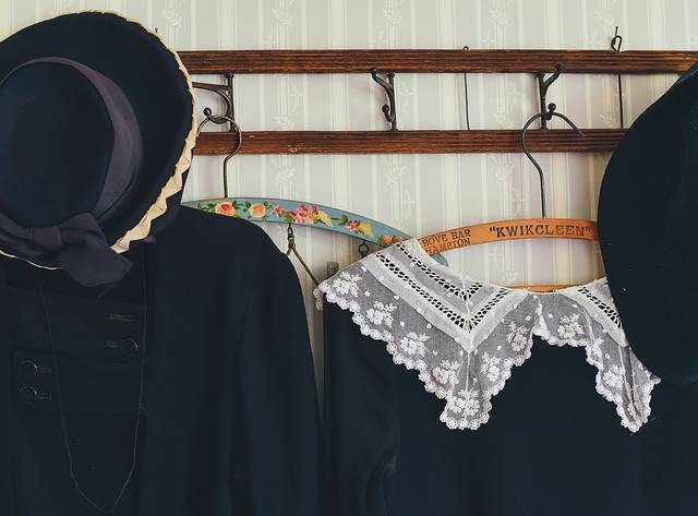 Free photo: Clothes, Clothes Hanger, Clothing - Free Image on Pixabay - 1838325 (1336)