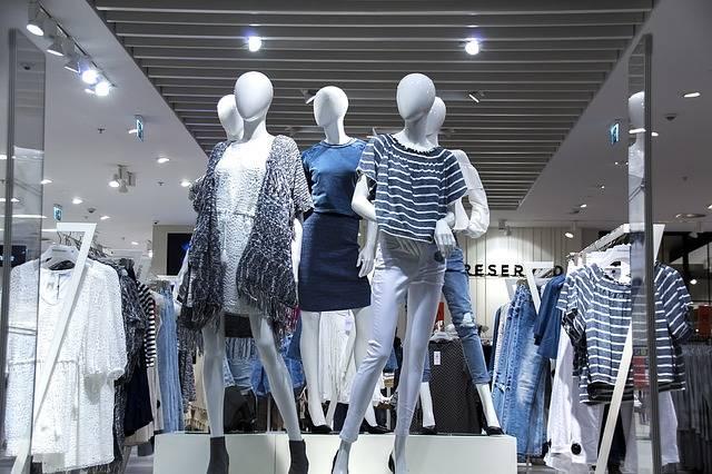Free photo: Shopping Mall, Shop Windows - Free Image on Pixabay - 1316787 (1978)
