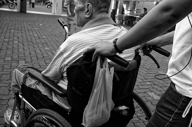 Free photo: Wheelchair, Elderly, Man, Pushed - Free Image on Pixabay - 952183 (2582)