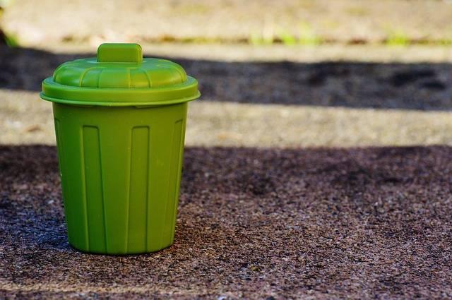 Free photo: Garbage Can, Garbage, Bucket, Green - Free Image on Pixabay - 1111448 (7710)