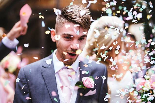 Free photo: Confetti, Couple, Man, Marriage - Free Image on Pixabay - 1853539 (8250)