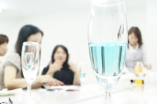 Free photo: Champagne, Party, Blue Champagne - Free Image on Pixabay - 634644 (13891)