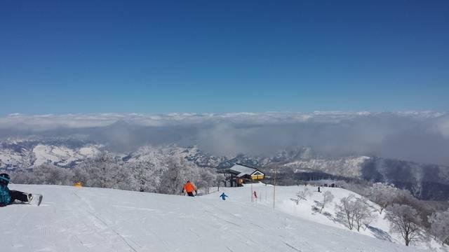 野沢温泉村側の雲海