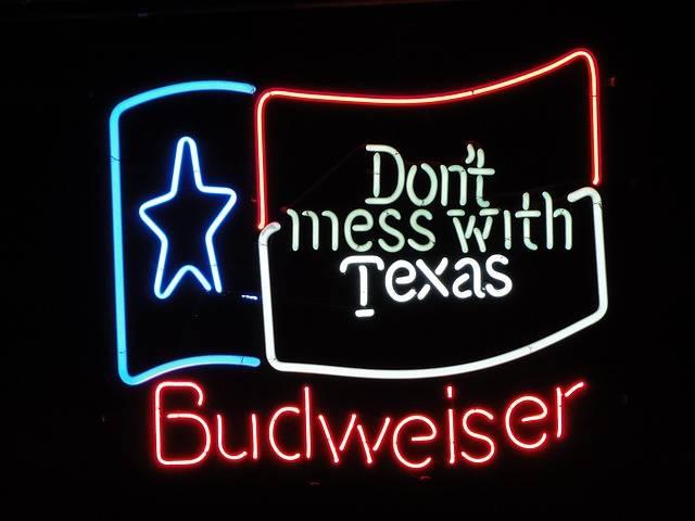 Free photo: Budweiser, Shield, Advertisement - Free Image on Pixabay - 2127732 (596)