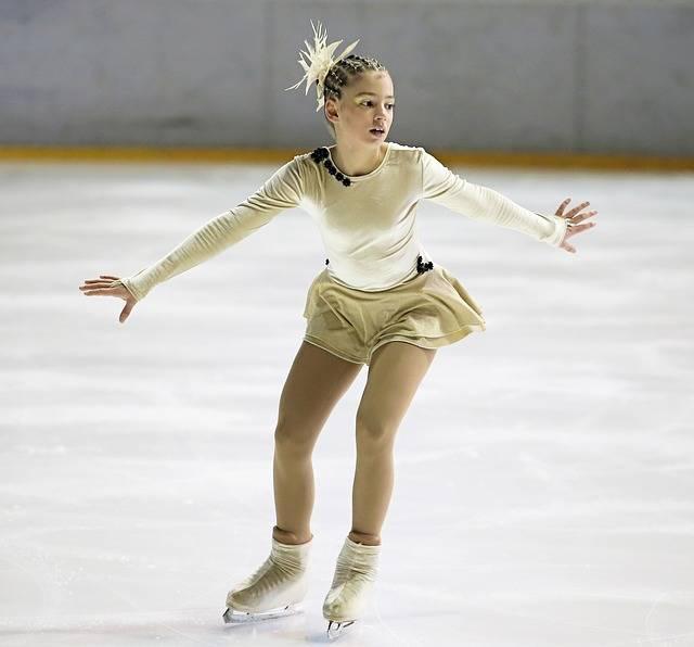 Free photo: Figure Skater, Ice Skater, Ice - Free Image on Pixabay - 266512 (796)