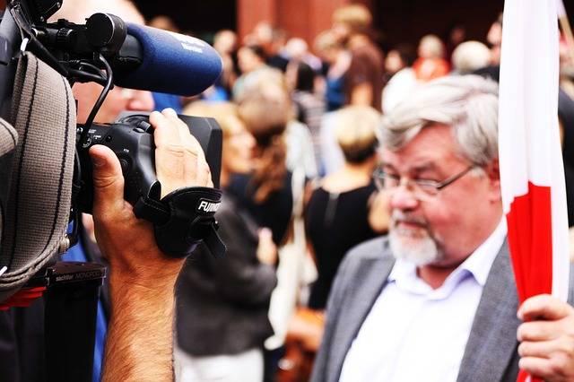 Free photo: Watch Tv, Camera, Interview, Tv - Free Image on Pixabay - 301528 (1391)