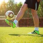 サッカーリフティングの技6選!上げ技・回し技のやり方