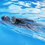 背泳ぎのコツ!ストロークや手のかき方などを徹底解説ガイド