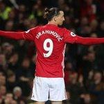 サッカーの9番の背番号の意味とは?