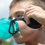 サッカーの水分補給の正しいタイミングと適切な量とは?