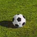 サッカーの試合時間とは?前半・後半合わせて何分?