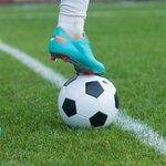 サッカーボールのサイズ別の大きさと選び方とは?【5号/4号/3号】