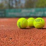 テニスボールでリフティングするとサッカーが上達する!効果的なやり方を解説!