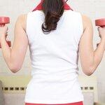 ダンベルで広背筋を鍛える筋トレ方法5選!効果的に背中を引き締めよう