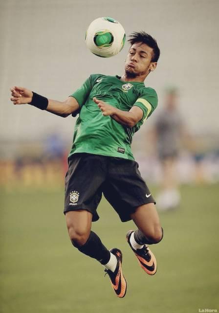 檜垣裕志のサッカーブログ「上手くなるために!!!」 : 胸トラップと身体とボールの関係 - ライブドアブログ (8620)