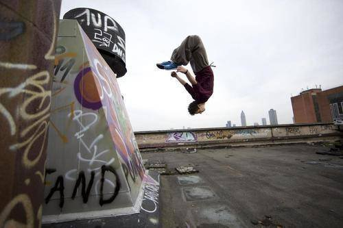 PARKOUR! | via Tumblr uploaded by Marcely Tawanny (18317)