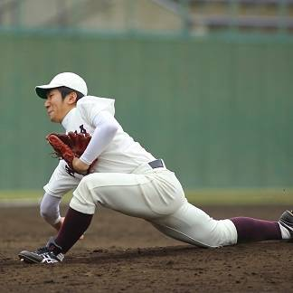 """福田太郎 TaroFukuda⚾️北海道テレビアナウンサー on Instagram: """"baseball made me happy. 15年前の今日、野球と出会いました。 野球を本格的に始めた個人的にとっても大切な日です。 ※2枚目は当時の写真。 高校の先輩、カープの緒方孝市監督と。 _ 幼い頃、父とキャッチボールをしていて、 顔面にボールが当たった太郎少年。…"""" (31380)"""
