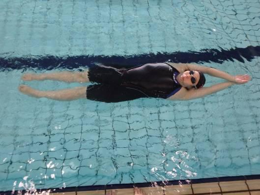 クロールをマスターした方へのレベルアップ! 背泳ぎ姿勢づくり~キック編 – ブログ | スポーツクラブNAP – 山口市のフィットネス、ジム、スイミング (59558)