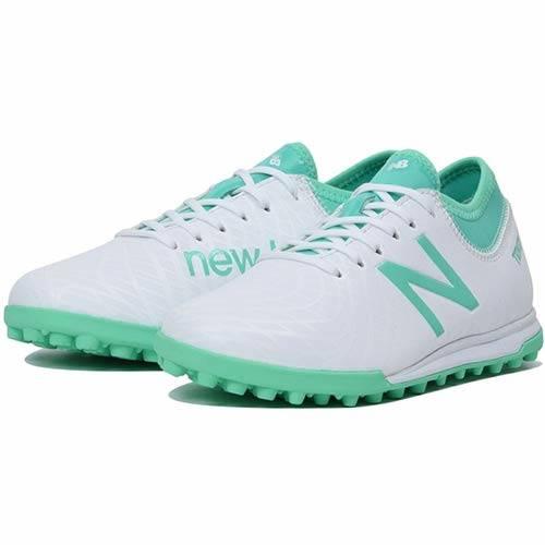Amazon | [ニューバランス] ジュニア サッカー トレーニングシューズ TEKELA MAGIQUE TF JNR ホワイト/エメラルド JSTTT WN1 | new balance(ニューバランス) | Amazon Fashion (72905)