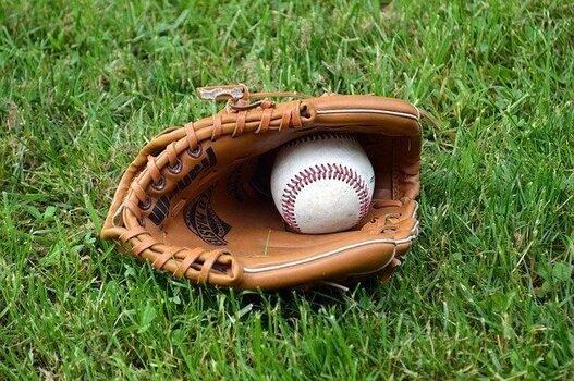キャッチボールは野球の基本 (100027)