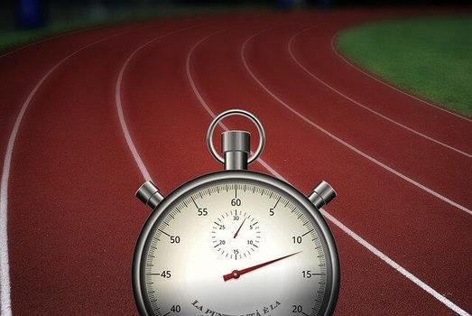 ジョギングの健康維持や体調管理のペースと距離 (106555)