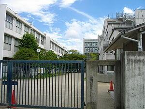大谷中学校・高等学校 (京都府) - Wikipedia (171572)