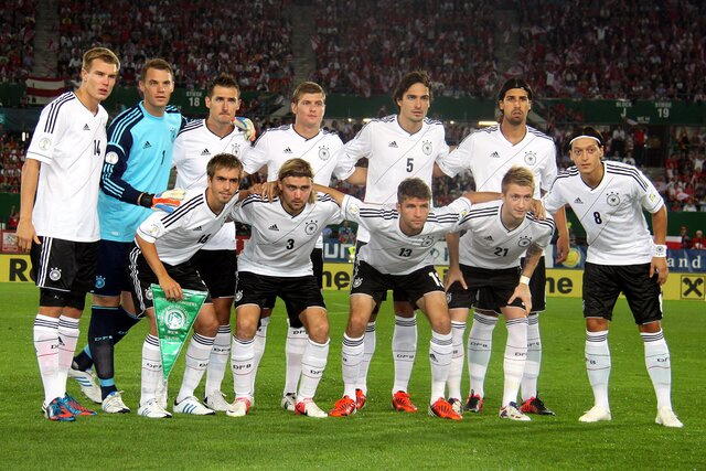 File:FIFA WC-qualification 2014 - Austria vs. Germany 2012-09-11 (03).jpg - Wikimedia Commons (200641)