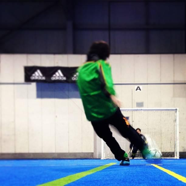 "satussy on Instagram: ""素直なシュートでした‼ #futsal #futebolista #フットサル #インステップキック !? #インフロントキック !?"" (24910)"