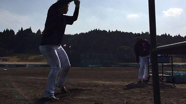 """オリックス・バファローズ公式 on Instagram: """"#Bs春季キャンプ#宮崎#ロングティー#杉本選手#ラオウ#スローで#飛距離抜群#杉本裕太郎#Bs2018#buffaloes#baseball#ORIX#プロ野球"""" (25196)"""