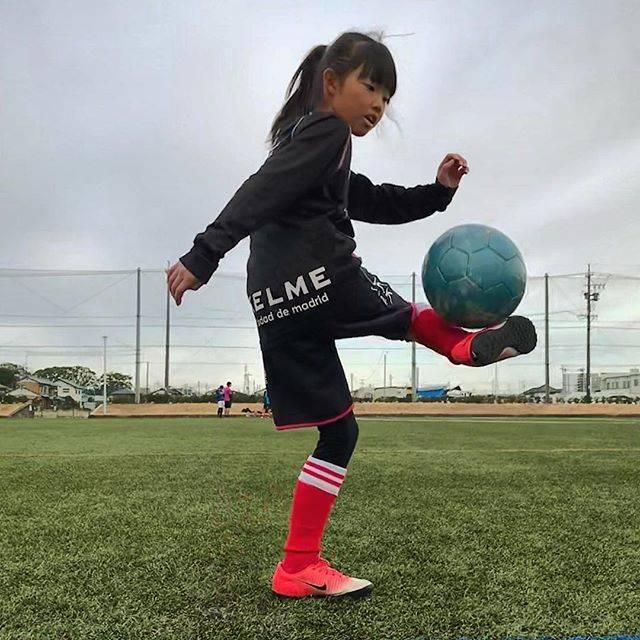 """sararia on Instagram: """"アウトタッチリフティング⚽️#女子サッカー #なでしこ#リフティング"""" (25647)"""