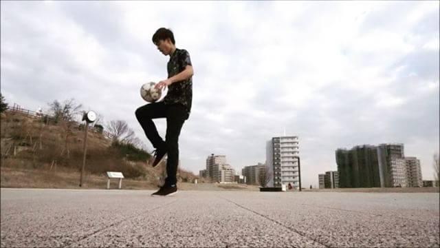 "KOHEI Kikkawa on Instagram: ""2018年初投稿は新技で!  今年も楽しみながらぼちぼち頑張っていきます〜  #freestyle #football #soccer #training #adidas #lower #2018 #start #enjoy #sonyα6300 #camera #Japan…"" (25654)"