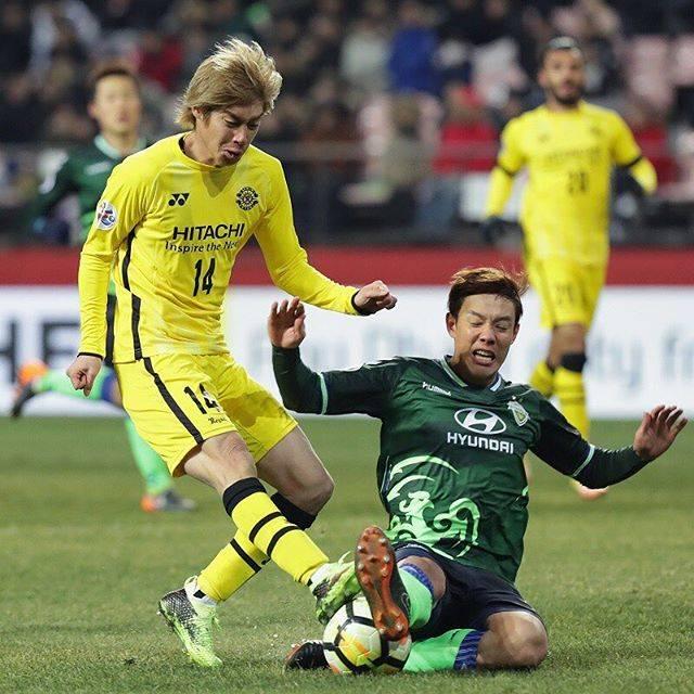"""サッカーキング on Instagram: """". AFCチャンピオンズリーグ グループステージ第1節 全北現代 3-2 柏レイソル (2018.02.13) . アウェーに乗り込んだ柏は幸先よく2点を先行しましたが、後半に3失点で痛恨の逆転負けを喫しました。 📸 Photo by Han Myung-Gu/Getty…"""" (27405)"""