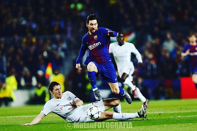 MutsuKAWAMORIさんはInstagramを利用しています:「チェルシーにとって最大の不運は、 メッシに第3子が誕生した直後に試合が巡って来た事ではないでしょうか?  Barcelona x Chelsea, Camp Nou, Barcelona, Spain, Andreas Christensen, Lionel Messi.…」 (28513)