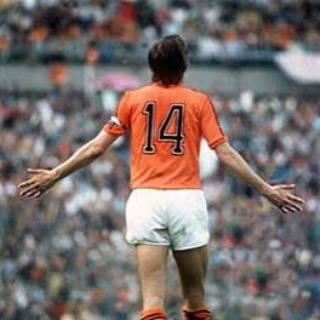 @nico178las - Instagram:「#ヨハンクライフ #Johan_Cruijff #オランダ代表 #Nederland #AFC_AJAX #アヤックス #14 #1974 #FIFA #world_cap #トータルフットボール #クライフターン #Cruijff_Turn #FW #MF…」 (29917)