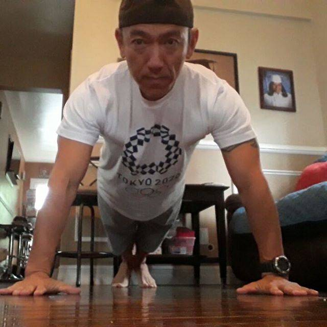 koji shiraishi 🇯🇵=>🇺🇸 =>???さんはInstagramを利用しています:「Day226 of 1030day Pushups Challenge Happy mother's day!  #liveinpeace #pushupchallenge #fitnessdad #tokyo2020 # #Olympios #loveandpeace…」 (35643)
